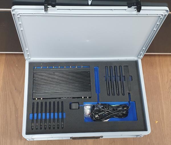 MBX-Case-open